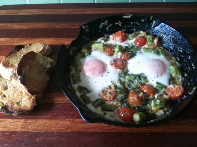 baked eggs recipe, best baked eggs, parmesan baked eggs, baked eggs with leek and asparagus