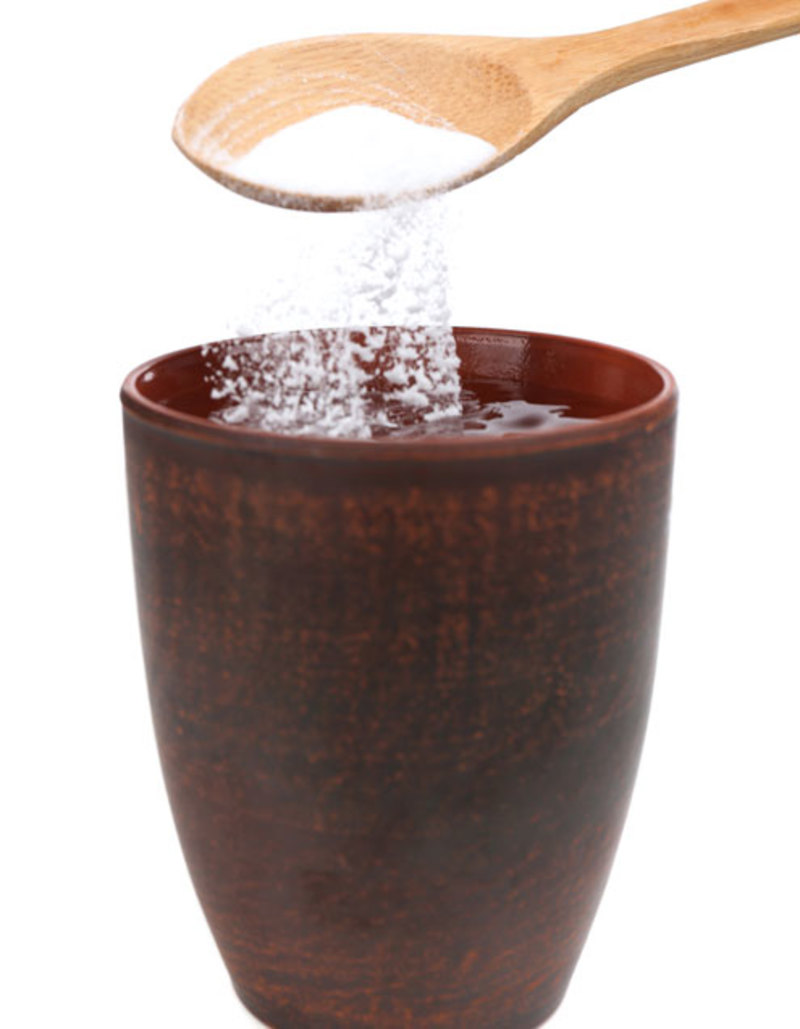 Baking Soda in Water  - 5 easy ways to make alkaline water at home