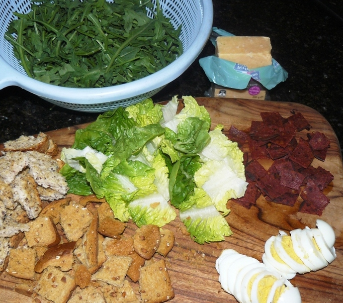 caesar salad recipe, caesar salad, vegetarian caesar salad, vegetarian recipe, rocket caesar salad, rocket, rocket salad, salad recipe