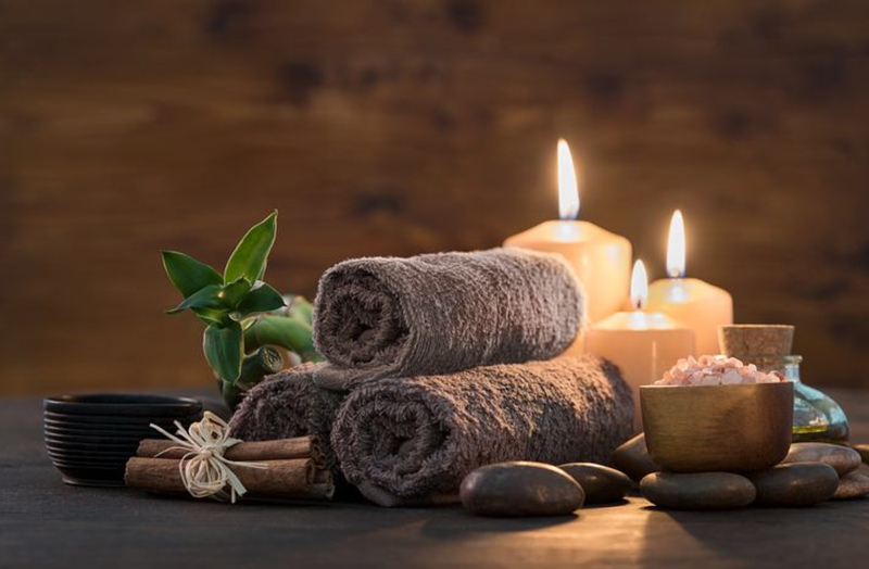 Candle light creates a beautiful bath time ambience 