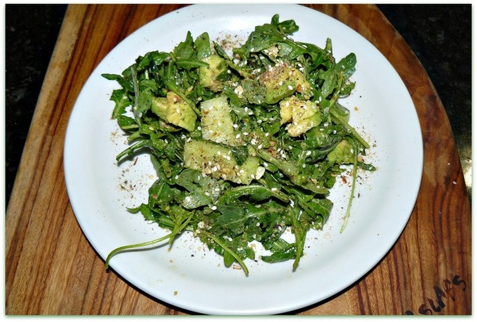 green salad, doukkah, doukkah green salad, cucumber, avocado, cucumber avocado doukkah salad, rocket, rocket salad, vegan, vegetarian salad, salad recipe, green salad recipe, rocket and doukkah salad