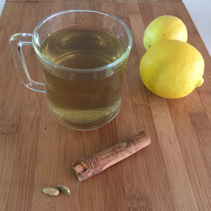Lemon, Honey and Cardamom Tea