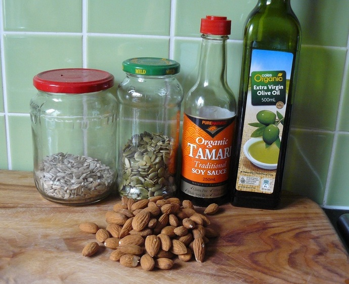 tamari mix, protein mix, tamari mix ingredients, tamari, almonds, pepitas, sunflower seeds, protein mix, homemade tamari mix, protein mix recipe, trail mix recipe